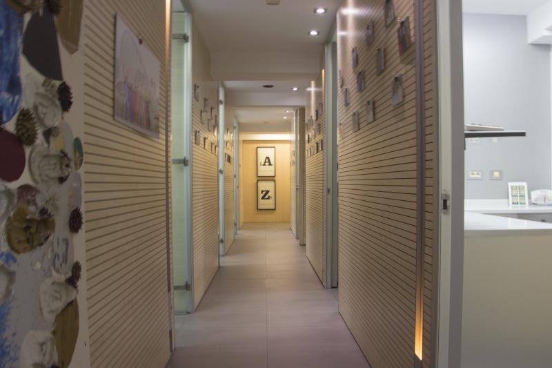 Instalación Clínica Martínez Canut pasillo